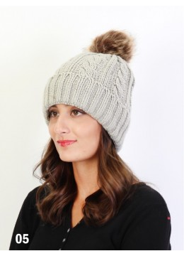Cable Knitted Hat W/ Removable Pom Pom (Plush Inside) /Light Grey