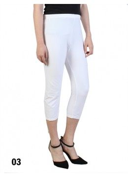 Plus Size Stretch Capri + /White