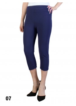 Plus Size Stretch Capri + /Navy