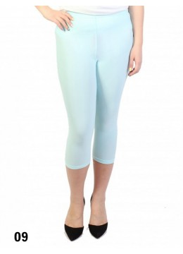 Plus Size Stretch Capri + /Light Blue