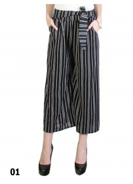 Wide-Leg Cropped Pants W/ Waist Strap