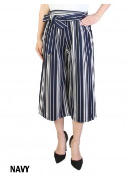 Wide-Leg Cropped Pants W/ Waist Strap