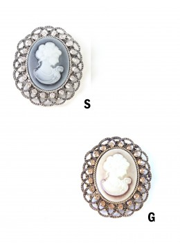 Victorian Style Oval Brooch