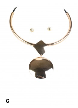 Circle/Square Pendant Necklace & Earring Set