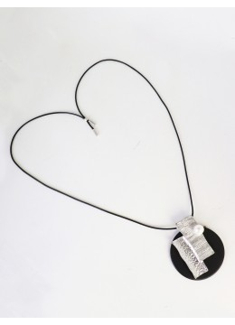 Fashion Necklace W/ Pearl & Abstract pendant
