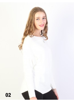 Batwing Pullover Loose Top /White